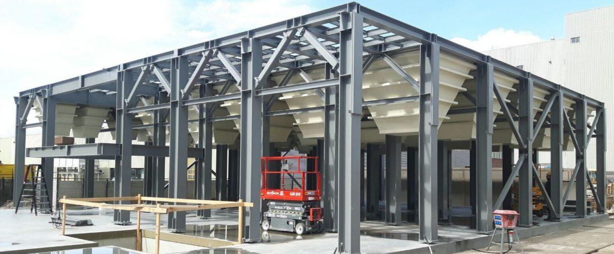 Steel construction - Square silos